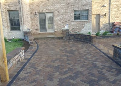 brick-paver-large-patio2 image